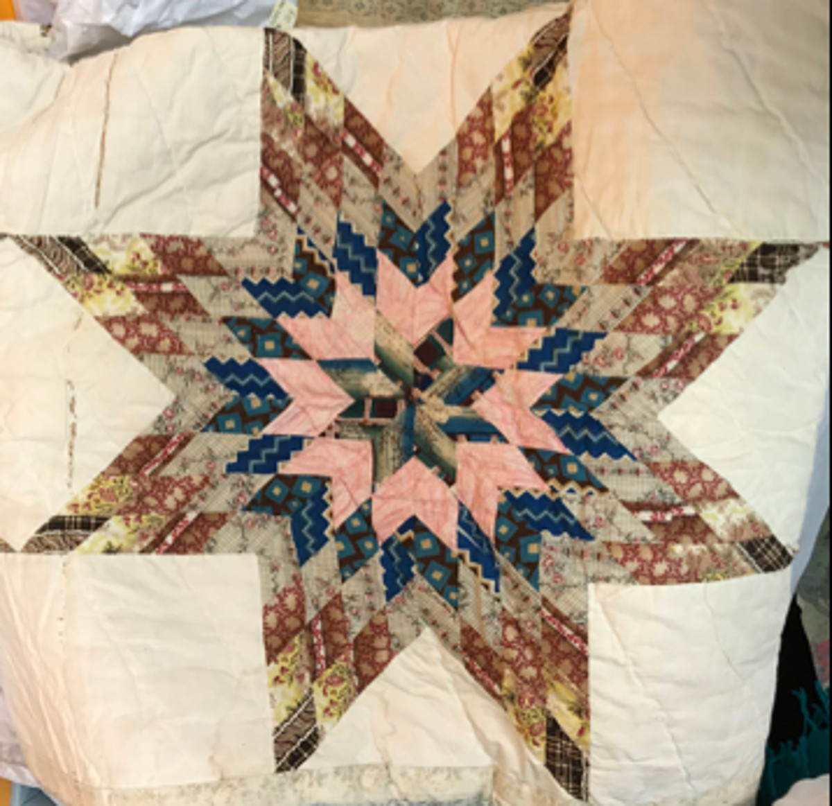 Blazing Star quilt in the Loudoun Museum