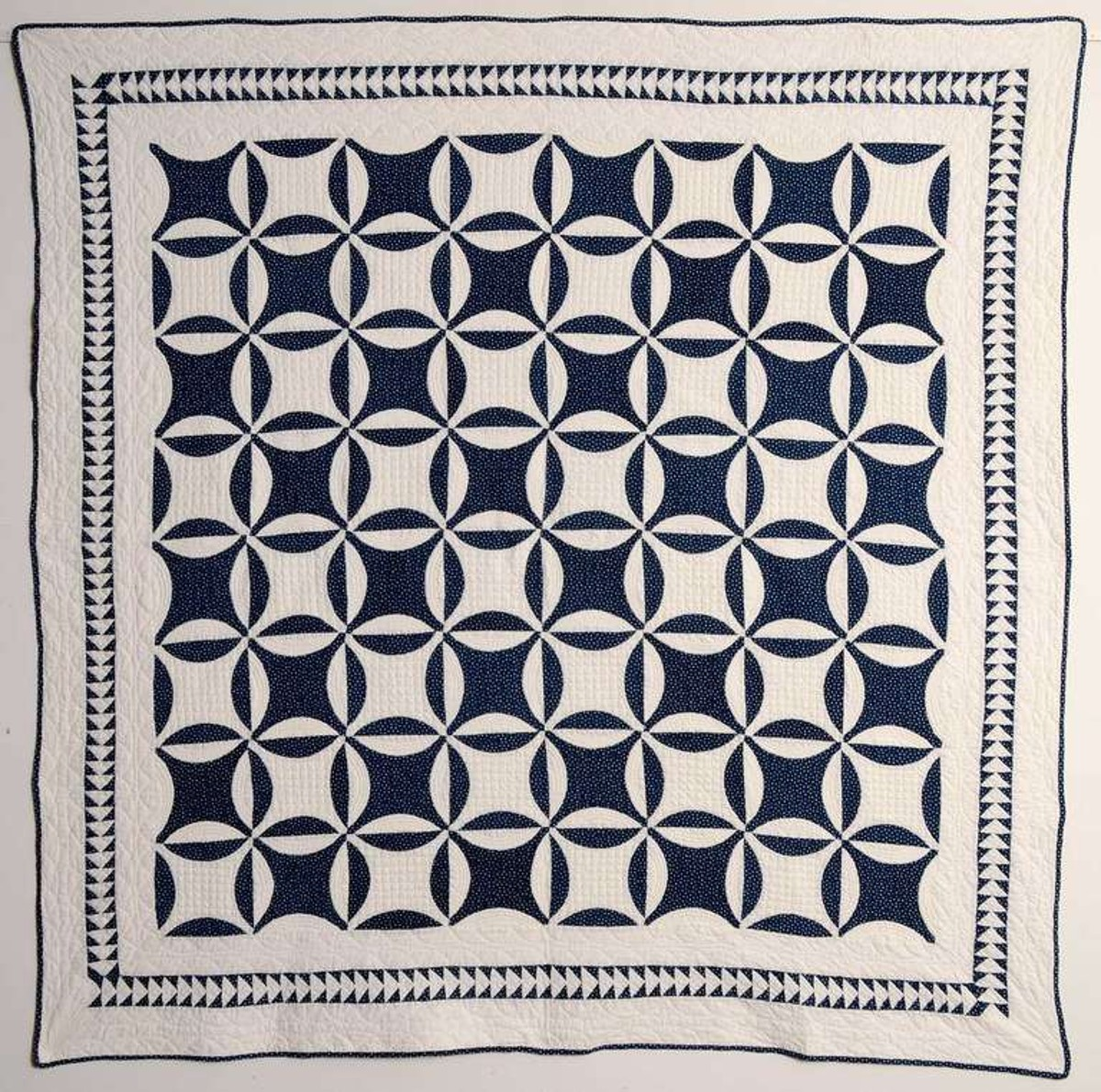 A blue and white Rob Peter to Pay Paul quilt